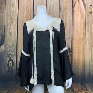 Entro conciliar flounce sleeve peasant tunic small